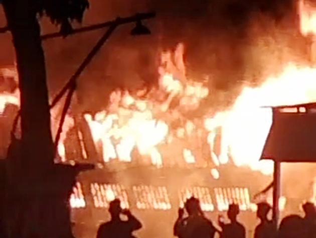 Pabrik Mebel di Kelurahan Meteseh Semarang Ludes Terbakar
