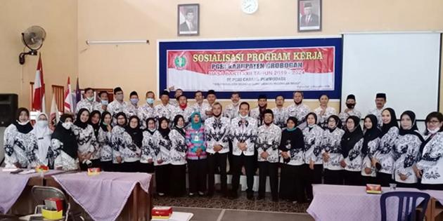 Hadapi Tsunami Pensiun Guru, PGRI Grobogan Rekrut Guru Honorer dan PPPK Jadi Anggota