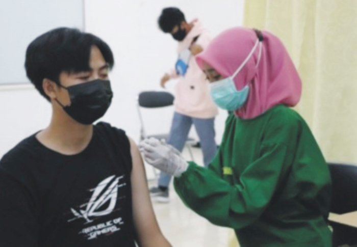 Kapolres Cek Pelaksanaan Vaksinasi di Stekom Kendal